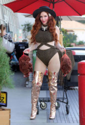 Phoebe Price Thanksgiving Turkey Shopping in Los Angeles