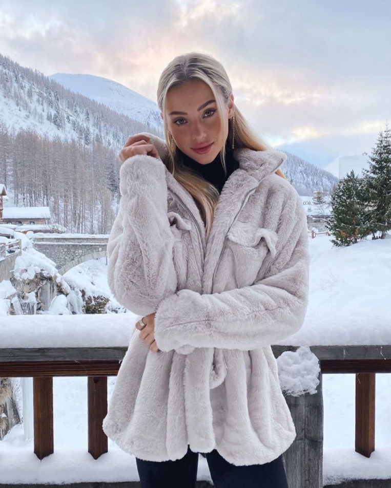 Charly Jordan in Val-d'Isère Instagram photos