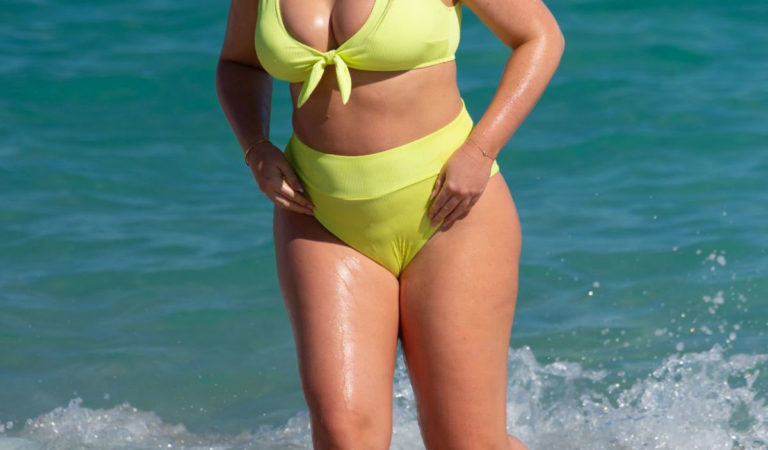 Pregnant Celebrities – Pregnant Iskra Lawrence in a Bright Yellow Bikini at a Beach in Miami