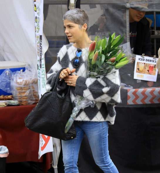 Selma Blair at Shopping at Farmers Market in Los Angeles