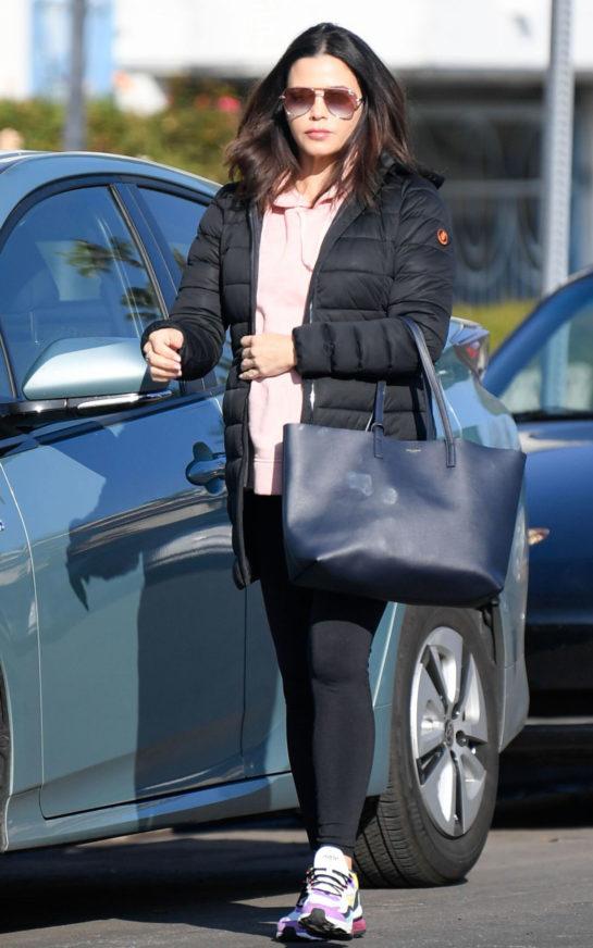 Jenna Dewan Arrives at Yoga Class in Studio City