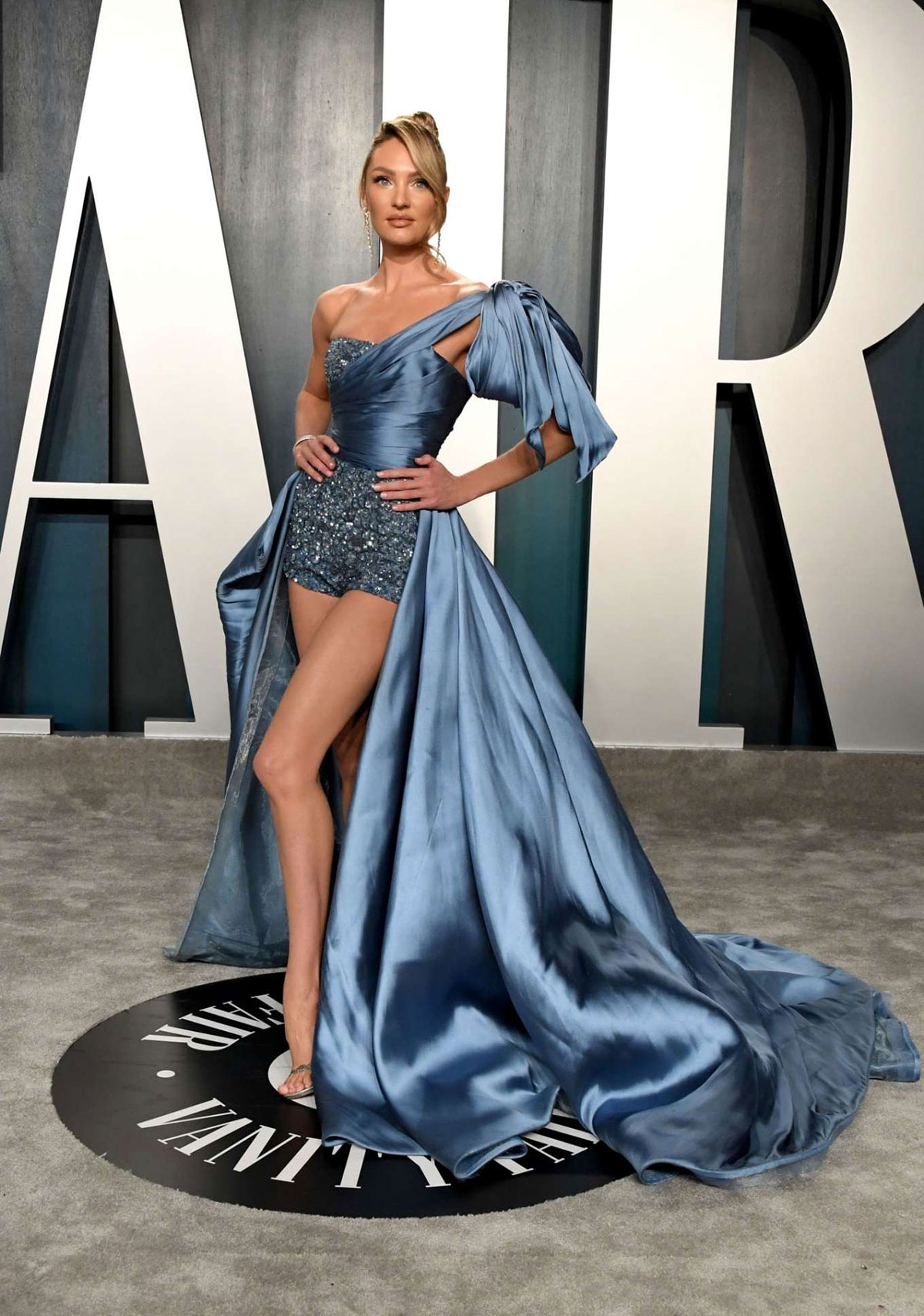 Celebrity Dresses Candice Swanepoel At 2020 Vanity Fair Oscar Party In Beverly Hills Justfabzz