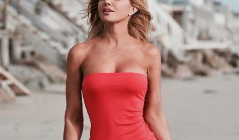 Celebrity Social Media – Donna D'Errico at a Beach – Instagram photos