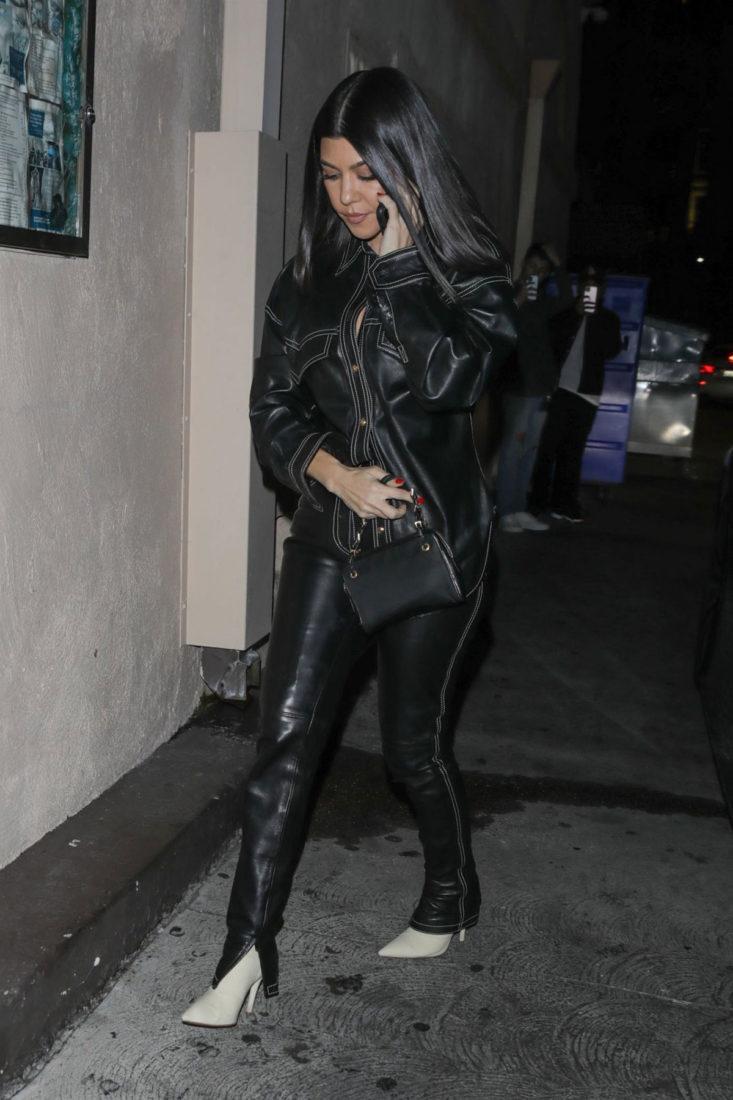 Kourtney Kardashian at Carousel Restaurant in Glendale