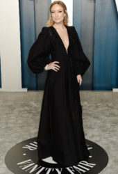 Olivia Wilde at 2020 Vanity Fair Oscar Party in Beverly Hills