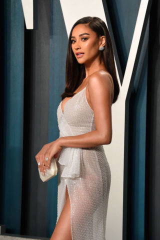 Shay Mitchell at 2020 Vanity Fair Oscar Party in Beverly Hills