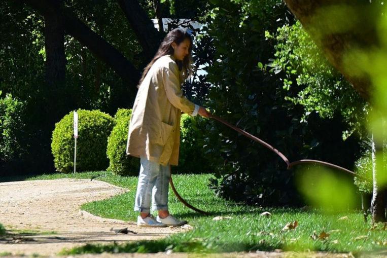 Jordana Brewster doing her gardener work in Santa Monica