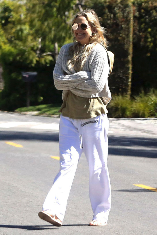 Kate Hudson Out and About in Los Angeles