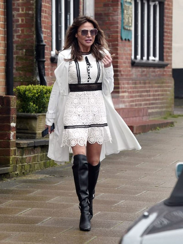 Lizzie Cundy Out and about in Surrey