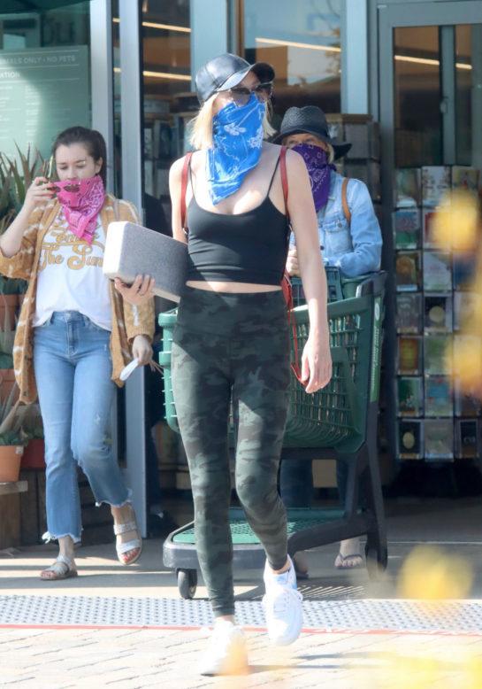 Julianne Hough wearing Bandana as a Makeshift Mask Shopping at Whole Foods in Malibu