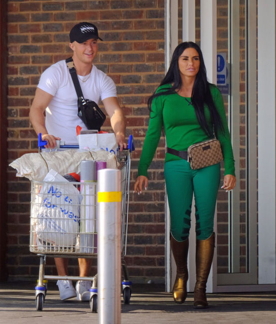 Katie Price shopping in London