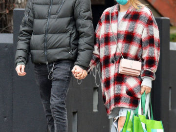Sailor Brinkley-Cook and Ben Sosne wearing face masks out Shopping in New York