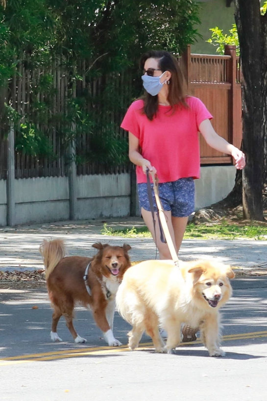 Aubrey Plaza in Shorts Out with Her Dogs in Los Angeles