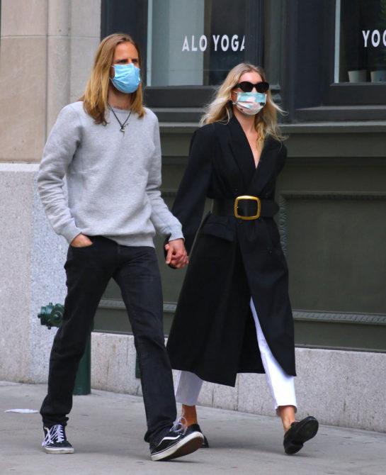 Elsa Hosk and Tom Daly Shopping at Trader Joe's in NYC