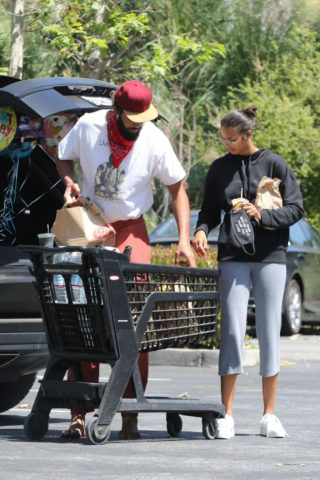 Lais Ribeiro and Joakim Noah Out Shopping in Los Angeles