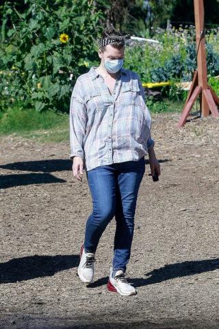 Milla Jovovich Shopping at a Plant Nursery in Malibu