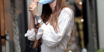 Nina Moric Out Shopping in Milan