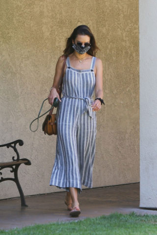 Alessandra Ambrosio Arrives to DermaCare Facial Clinic spa in Woodland Hills