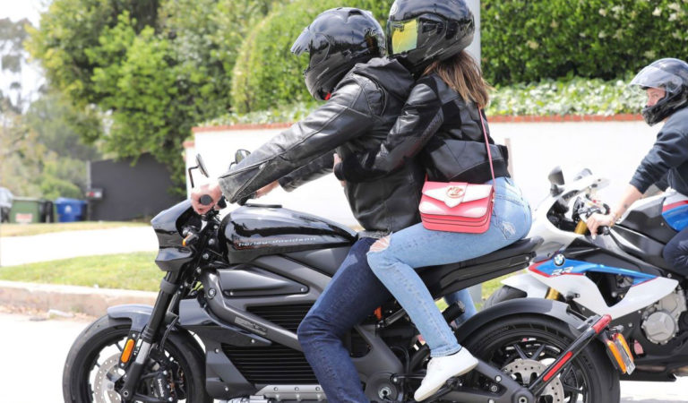 Street Style –  Ana De Armas out cruising with Ben Affleck on his Harley-Davidson motorcycle