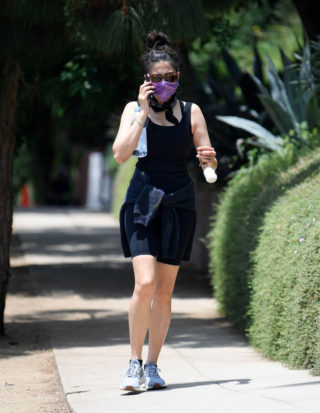 Jessica Gomes hike at Runyon Canyon Park in Hollywood Hills