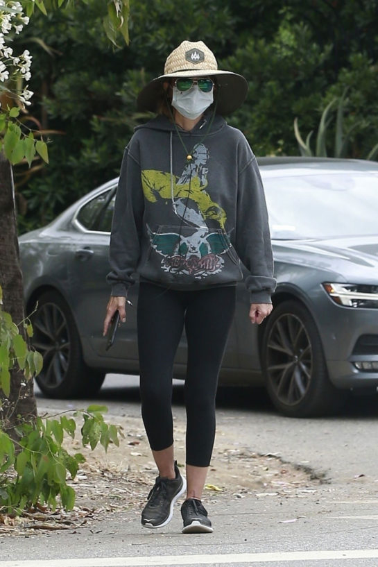 Lisa Rinna out in Beverly Hills