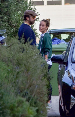 Olivia Wilde and Jason Sudeikis Out in Los Angeles