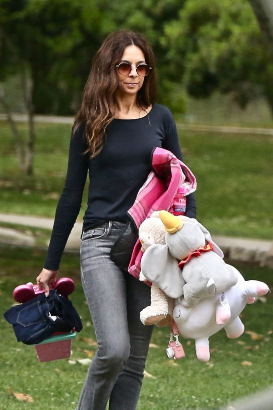 Terri Seymour Out at a Park in Beverly Hills