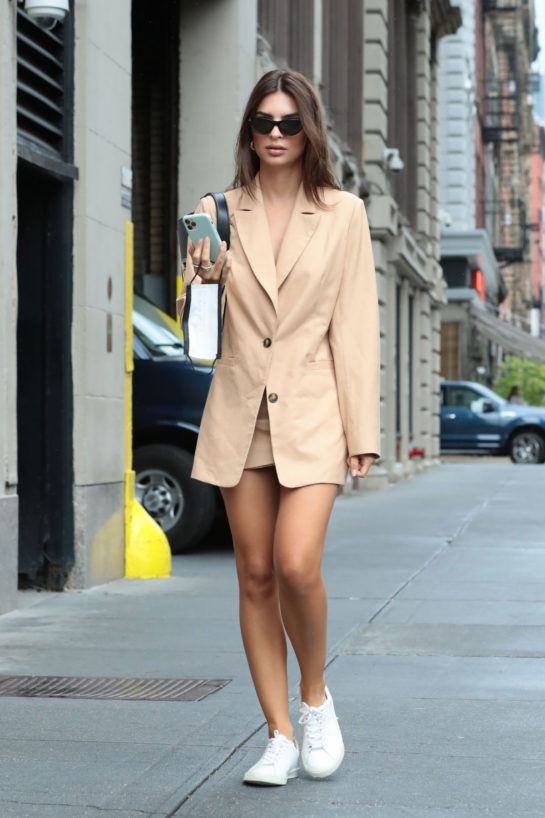 Emily Ratajkowski Out and About in New York