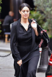 Monica Bellucci Out for Lunch in Paris