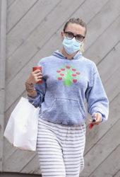 Scarlett Johansson Out in New York