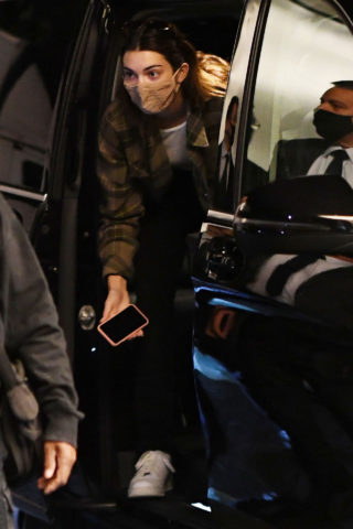 Hailey Bieber and Kendall Jenner Arriving for Milan Fashion Week