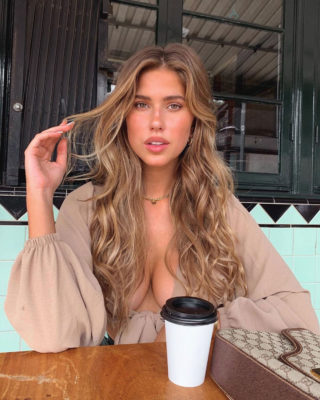Kara Del Toro Instagram photos