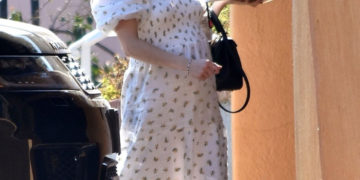 Pregnant Emma Roberts Visits a Friend in Los Angeles