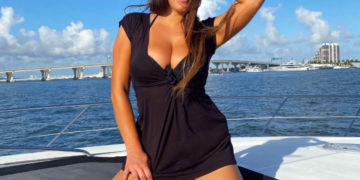 Claudia Romani at a Yacht in Miami