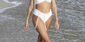 Devon Windsor In White bikini at a Beach in St. Barts
