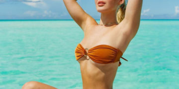 Faith Schroder in Bikini Instagram photos