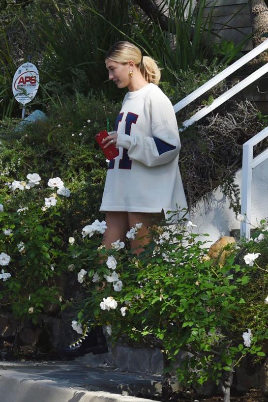 Hailey Bieber is seen leaving Pastor Carl Lentz home one day after Selena Gomez has a mental breakdown in LA