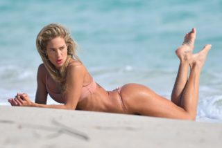 Jennifer Nicole Lee in Bikini at a Photoshoot in Miami Beach
