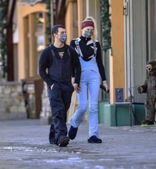 Sophie Turner and Joe Jonas Out in Mammoth Lakes