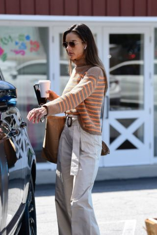 Alessandra Ambrosio Out for Coffee in Brentwood