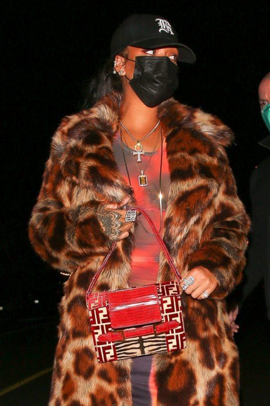 Rihanna Out for Dinner at Giorgio Baldi in Santa Monica