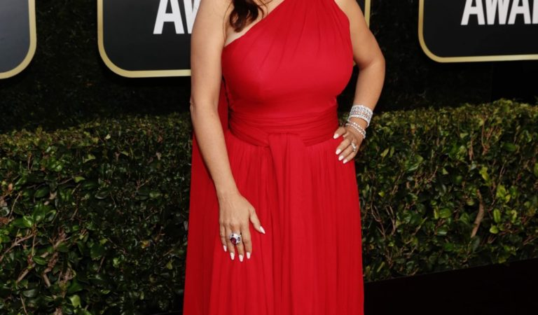 Red Carpet – Salma Hayek at 2021 Golden Globe Awards in Beverly Hills