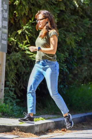Jennifer Garner In denim out in Santa Monica