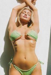 Hannah Palmer in Bikinis – Instagram photos