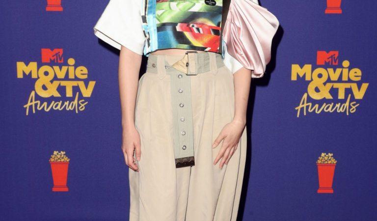 Red Carpet – Victoria Pedretti at 2021 MTV Movie Awards in Los Angeles